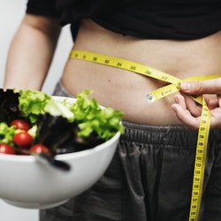"""New Study Finds that No """"Healthy Obesity"""" Exists for Women"""